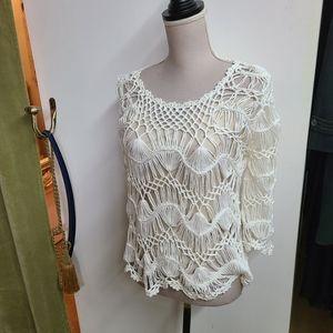 Sioni Open Weave Crochet 3/4 Sleeve Top